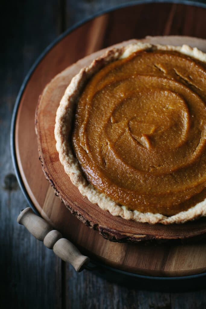 A pie crust filled with roasted butternut squash pie filling.